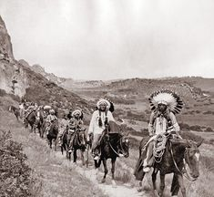 Ute Indians in Garden of the Gods Native American Pictures, Native American Tribes, Native American History, American Indians, Indiana, Comanche Indians, Pierre Brice, Geronimo, Native Indian