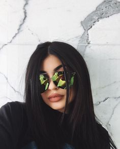 Take a look at the Kendall Jenner form file, the very best looks put on by on fad Kendall. Kris Jenner, Kendall E Kylie Jenner, Trajes Kylie Jenner, Looks Kylie Jenner, Kylie Jenner Outfits, Kylie Jenner Style, Kylie Jenner Sunglasses, Blac Chyna Kylie Jenner, Kylie Jenner No Makeup
