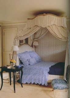 The Bunny Mellon bedroom at Le Clos Fiorentina, Hubert de Givenchy& exquisite home on the Cote d& Azure. Bedroom Furniture, Bedroom Decor, Bed Crown, Interior Desing, Interior Inspiration, French Bed, French Cottage, French Country, Shabby Chic