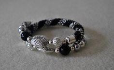 beaded bracelet, sznur szydełkowo-koralikowy, bransoletka