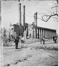Rebels abandoned Charleston February 18, 1865 Rebels abandoned Charleston. First Union troops to enter the city included Twenty-first U.S.C.T., followed by two companies of the Fifty-fourth Massachusetts Volunteers.