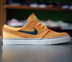 Nike SB Stefan Janoski Low-Laser Orange-Black