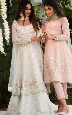 Pakistani Fashion Party Wear, Pakistani Wedding Outfits, Indian Fashion Dresses, Dress Indian Style, Indian Designer Outfits, Bridal Outfits, Indian Outfits, Fashion Outfits, Indian Gowns