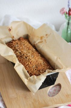 Castlemaker Food & Lifestyle Magazin - Super einfaches Haferflockenbrot - 0 Punkte Brot selber backen « Castlemaker Food & Lifestyle Magazin Law Carb, Oatmeal Bread, Food Items, Bread Baking, Clean Eating, Food And Drink, Tasty, Snacks, Cooking