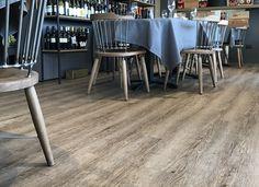 Ristorante Lampara (RN) - K-uno rovere Alaska #skema #italiandesign #pavimento #design #k-uno #flooring Modern Flooring, Alaska, Connect, Restaurants, Design, Home Decor, Parquetry, Decoration Home, Room Decor