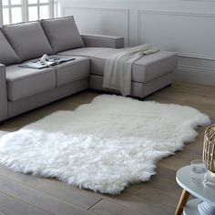LIVIO Faux Sheepskin Rug La Redoute Interieurs Perfect for making bedrooms extra cosy or creating comfortable spaces in your living room, this fluffy rug adds a luxurious touch to any home. Fur Carpet, Wall Carpet, Bedroom Carpet, Living Room Carpet, Rugs In Living Room, Rugs On Carpet, Grey Carpet, Carpet Decor, Stair Carpet