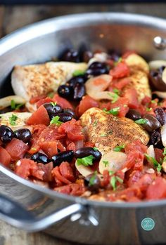 Roasted Chicken with Tomatoes and Olives Recipe from addapinch.com healthy and easy and few ingredients