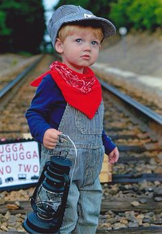 Thomas The Train Birthday Party, Trains Birthday Party, Birthday Party Outfits, Boy Birthday, Birthday Ideas, 4th Birthday Pictures, Train Party Decorations, 4th Of July Photography, Baby Boy Photos