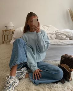 Blue - - Best Picture For Casual Outfit spring For Your Taste You are looking for something, and it is going to tell you exactly what you are l Casual Winter Outfits, Spring Outfits, Trendy Outfits, Mode Outfits, Fashion Outfits, Classy Outfit, One Direction Outfits, Look Street Style, Brunch Outfit