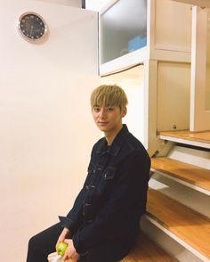 Minhyun - Nu'est Love Boyfriend, Boyfriend Material, Nu Est, My Sunshine, Boy Groups, Photo Galleries, Photo And Video, Celebrities, Videos