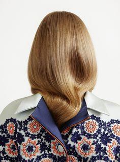 Wallpaper - Marton Perlaki - Adam Szabó Hairstylist
