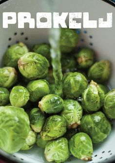 Mali zeleni, ne baš tako omiljeni - Prokelj. U dva nova recepta i sasvim novom stajlingu. Dajte mu novu šansu, ako vam nije omiljen, možda promenite mišljenje :)  Str. 53.    http://mezze.rs/exhibit/februar-2013/