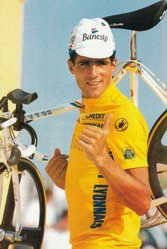 Miguel Indurain ,campeón del Tour de Francia 1991,1992,1993,1994,1995.