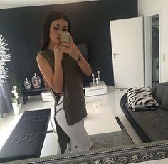 @QueenLikeKat ✨ XØ
