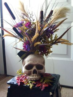 halloween floral arrangements | HALLOWEEN SKELTON SKULL FLOWER ARRANGEMENT DECORATION SALE FOR THE ...
