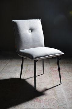 Duax dining chair