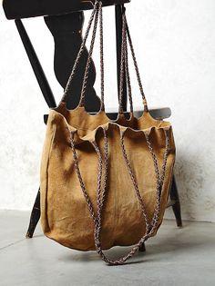 Marvelous Make a Hobo Bag Ideas. All Time Favorite Make a Hobo Bag Ideas. Fashion Bags, Fashion Accessories, Boho Bags, Beautiful Bags, Leather Working, Bag Making, Hippie Boho, Bohemian Style, Bucket Bag