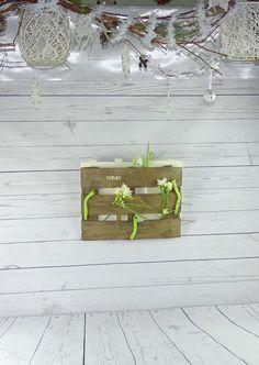 """Panneau """"nature"""" en bois de cagette pour vos fleurs : Décorations murales par le-grenier-de-clochette"""
