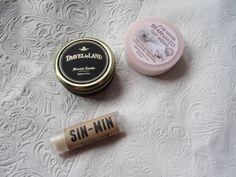 TRAVEL BY LAND candle, JOSIE MARAN nail polish remover, SIN-MIN lipbalm #fashion #fblogger #fashionblogger #blogger #blogpost #flourishblog #outfit #ootd #wiw #wiwt #fashioninspiration #favourites #candle #beauty #lipbalm