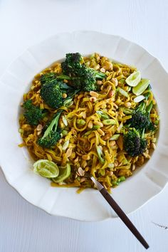 Sunshine Pad Thai (Vegetarian) Recipe - 101 Cookbooks
