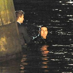 Tom Cruise, Jeremy Renner Shooting 'Mission Impossible IV' Night Scenes