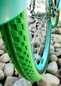colored bike tires from Villy