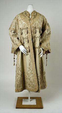 Opera coat, wool and silk, c. 1900, probably European.