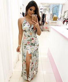 """3,586 curtidas, 449 comentários - Loja Girls Chick (@lojagirlschick) no Instagram: """"Atacado e Varejo  Compre pelo site:  www.girlschick.com.br Compre por WhatsApp: (Atendimento com…"""" Girly Outfits, Fashion Outfits, Women's Fashion, Dress Skirt, Wrap Dress, Wedding Frocks, Summer Looks, Evening Gowns, Ideias Fashion"""
