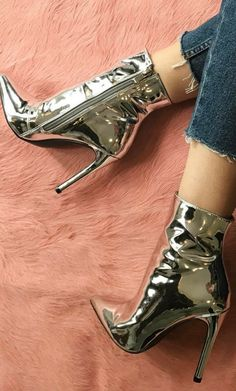 HARLEE METALLIC POINTED TOE ANKLE BOOTS