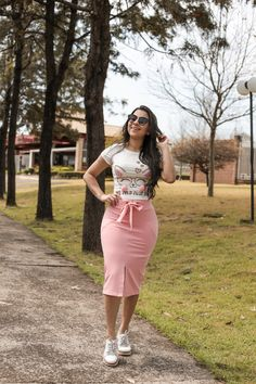 Rock Outfits, Curvy Outfits, Modest Outfits, Skirt Outfits, Summer Outfits, Curvy Girl Fashion, Modest Fashion, Fashion Outfits, African Print Clothing