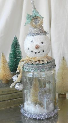 love this snowman jar cute! Although mine would probably look hideous!;)