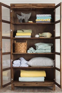 The beauty of linen closet organization makeover 22
