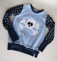 Langarmshirts - ✪ blauer totenkopf ✪ schönes langarmshirt 110/116 - ein Designerstück von traumgenaeht bei DaWanda