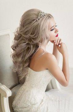 Wedding Hairstyle : Featured Hairstyle:lavish.pro;www.lavish.pro; Wedding hairstyle idea.