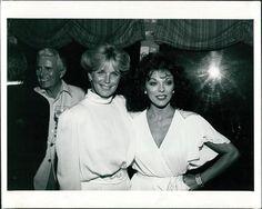 CA14 Sexy Dynasty Stars Actress Joan Collins & Linda Evans Original Press Photo Dynasty Tv Show, Linda Evans, Star Actress, Joan Collins, Press Photo, Celebrity Photos, Tv Shows, Black And White, The Originals