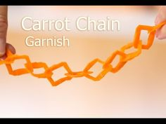 Amazing carrot chain carving (must see) - Food Carving Ideas - - Sushi Recipe Video, Dragon Sushi, Sushi Roll Recipes, Jewellery Making Courses, Food Carving, Best Party Food, How To Make Sushi, Vegetable Carving, Food Garnishes