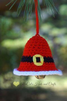 Ravelry: Kringle Bell Ornament pattern by RaeLynn Orff Crochet Christmas Decorations, Crochet Ornaments, Crochet Decoration, Christmas Crochet Patterns, Holiday Crochet, Christmas Ornament Crafts, Christmas Knitting, Christmas Bells, Handmade Christmas