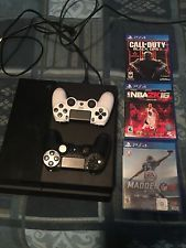 Sony - PlayStation 4 500GB Bundle 3 GAMES 2 CONTROLLERS- Jet Black