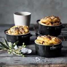 Taste Mag | Rachmah's chicken pie @ https://taste.co.za/recipes/rachmahs-chicken-pie/