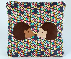 Free Hedgehog Love Pillow tutorial - perfect Valentine's Day sewing project!