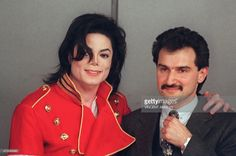 US pop star Michael Jackson (L) and Saudi billionaire Prince al-Walid bin Talal pose for the photographers during their press conference 19 March 1996 in Paris. Prince al-Walid bin Talal Abdul Aziz, a nephew of Saudi Arabia's King Fahd, amassed a personal fortune of 20.3 billion dollars and is ranked as the worlds sixth wealthiest entrepreneur by the US magazine Forbes.