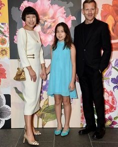#AngelicaCheung with daughter #HayleyGraham and #PaulAndrew in HongKong supporting #SalvatoreFerragamo's High Tech Botanical the launch of the brand's 2018 resort collection. @angelica_cheung @ferragamo #张宇 与女儿Hayley Graham及Salvatore Ferragamo的女鞋设计总监Paul Andrew在香港支持品牌主题为High Tech Botanical的早春系列的发布 via VOGUE CHINA MAGAZINE OFFICIAL INSTAGRAM - Fashion Campaigns  Haute Couture  Advertising  Editorial Photography  Magazine Cover Designs  Supermodels  Runway Models