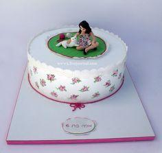 ולריה רינגבירץ Cat Magazine, Food Themes, Girl Cakes, Cat Cakes, Goodies, Cooking, Party, Desserts, Women