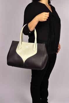 df2e95ae7e0 Peter Kent designer handbag brown. #sale #handbagbrown #handbags #bags #sac