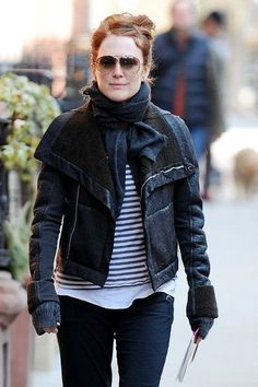 julianne-moore ~ Oh, look no makeup and she's still lovely and we all still adore her...you know it!!!