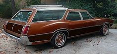 Not sure of the year, but had one similar to this growing up.    Junkyard Life: Classic Cars, Muscle Cars, Barn finds, Hot rods and part news: Hasta La Vista Cruiser Baby! 1972 Olds wagon more than a parts car