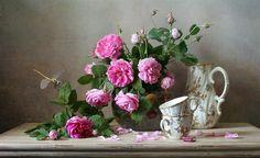 Елена Татульян Still Life Images, Wall Decor, Wall Art, Still Life Photography, Glass Vase, Floral Wreath, Bloom, Artwork, Inspiration