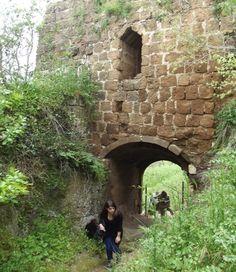 La torre medievale di Axia, dove un tempo sorgeva la città etrusca.
