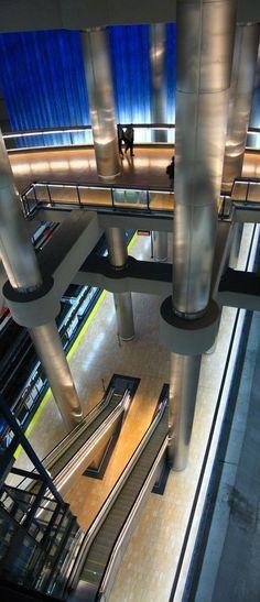 Metro- Estacion de Chamartin- Madrid Metro Madrid, Travel Around The World, Around The Worlds, Metropolitan Line, Location Scout, Metro Station, Architecture Old, Spain Travel, Places Ive Been