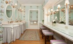 A gorgeous powder room